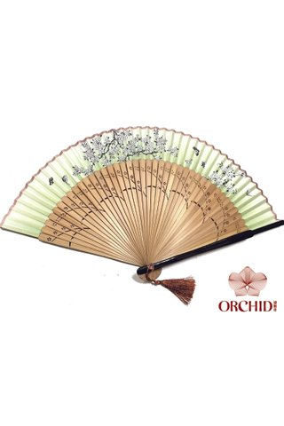 497green 1| Chinese Hand Fan Made of Tortoise-shell Bamboo And Silk