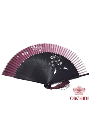 8484992 | Rabbits Design Handmade Bamboo And Silk Hand Fan