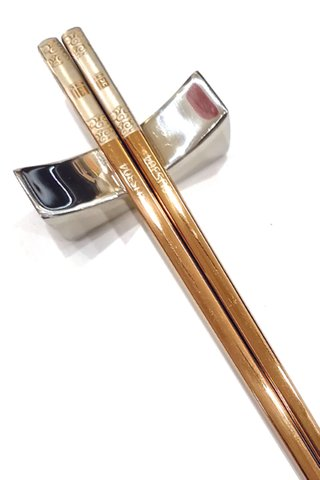 Rose Gold Good Luck Design 304 Stainless Steel Chopsticks and Holders Dining Set