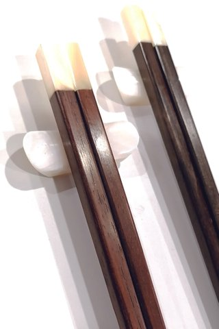White Pearl Design Rose Wood Chopsticks and Holders Dining Set