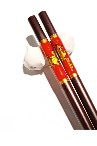 Chinese 12 Zodiac Tiger Design Wooden Chopsticks With Porcelain Holder Customized Personal Chopsticks Gift Set