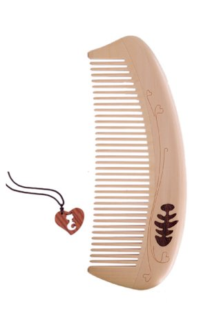 8100092 | Tan's Handmade Box Wood Comb With Lovely Cat Necklace 2 in 1 gift set
