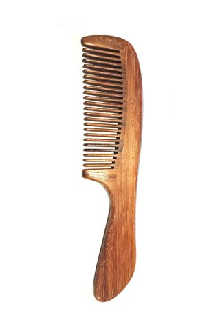 8100234 | Tan's Swartza sp wooden antistatic comb
