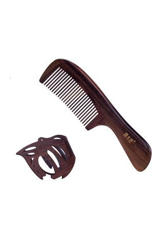 8100492   Tan's Iron Wood Handmade Comb And Mirror 2 in 1 Gift Set