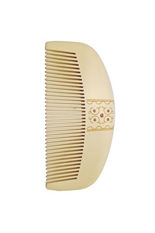8100433 | Tan's Natural Box Wood Comb With Lacquer Art Design