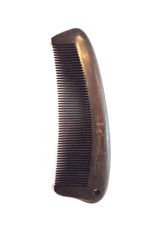 8100965 | Tan's Chacate Preto Wooden ANtistatic comb