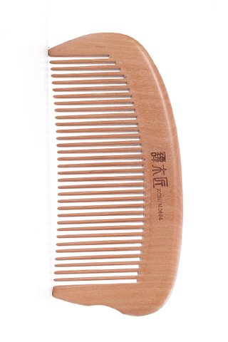 8100082 | Tan's Tendon Wooden Haircare Comb
