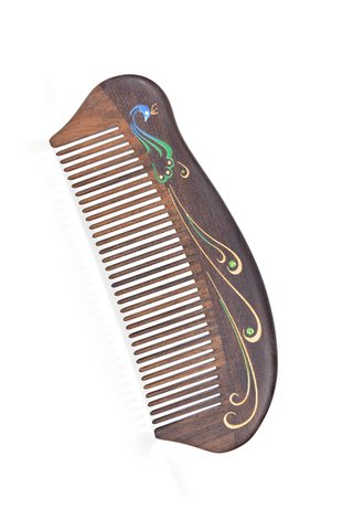 8100011 | Tan's Natural Chacate Preto Wooden Comb With Handpainted Peacock Design Gift Set